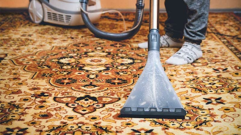 4 Effective Ways On How To Clean Your Rugs At Home